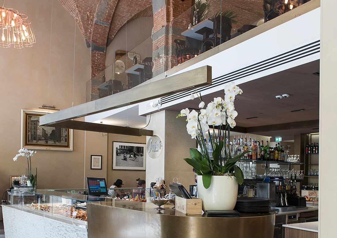 Locale interno caffetteria