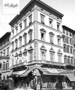 Foto storica esterno archivio Locchi 1954